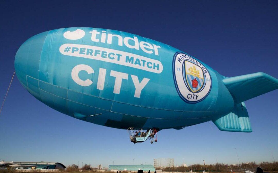 Los jugadores del Manchester City son tendencia en una activación para Tinder